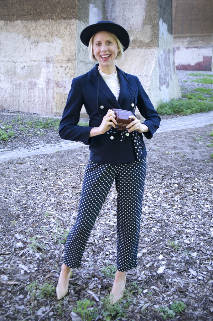 womens vintage fashion outfit polka dots sammy davis vintage