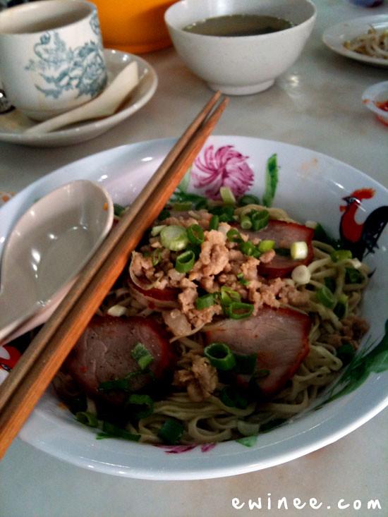 HO-CHAZ-KOTA-DAMANSARA-BREAKFAST Sarawak noodles