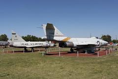 McDonnell F-101B Voodoo und Convair F-102A Delta Dagger