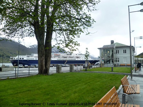 Åndalsnes and Ocean Countess
