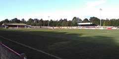 Holloways Park, Beaconsfield (J_V_L) Tags: football fussball beaconsfield stadium stadion hayes hayesyeadingutd dorchester dorchestertown nonleague