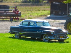 Vintage Buick (ironmike9) Tags: marcellusny barn farm antique buick roadmaster
