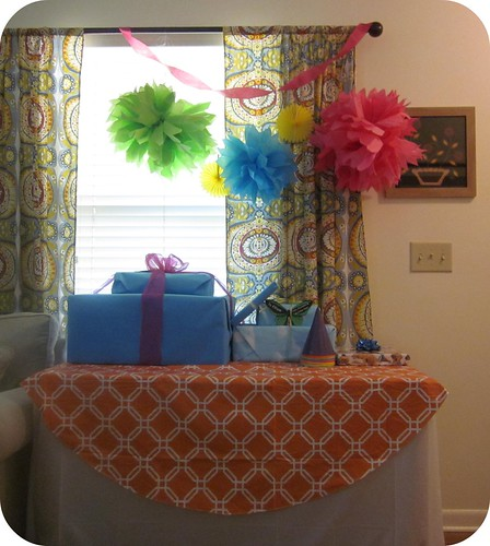 Junebug Bday Party Gift Table