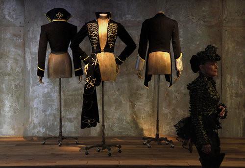 Fashion Alexander McQueen