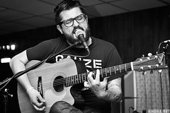 Evan Weiss of Into It. Over It. (Hingwa.M) Tags: evan 3 canon temple 50mm day guitar over it masonic acoustic fest weiss stengel smithtown
