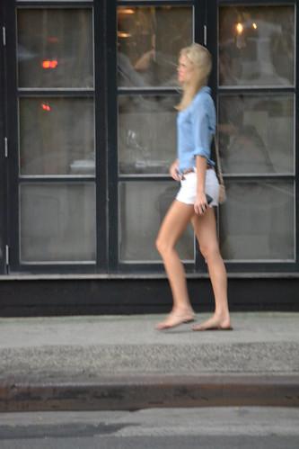 white hot girl fashion shirt flat sandals shirts short blonde denim shorts