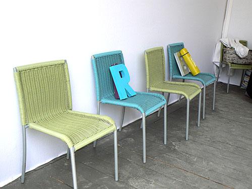 chaises en rangs d'oignon.jpg