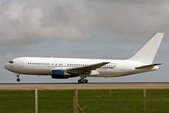 B767 (ZS-DJI) Aeronexus (boeing-boy) Tags: mike vip ling manston b767 aeronexus zsdji boeingboy