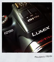 Panasonic FZ150 (hellwi) Tags: camera bridge black square polaroid lumix video cam best full 150 panasonic frame hd digicam fz schwarz kamera rahmen fhd quadratisch digitalkamera ois superzoom fz150 bridgekamera hellwi freizeitknipser