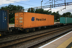 93461 Northampton 040816 (Dan86401) Tags: 93461 tiph93461 93 kfa freightliner fl intermodal modal container flat wagon freight tiph touax rautaruuki northampton wcml 4m28 hapaglloyd