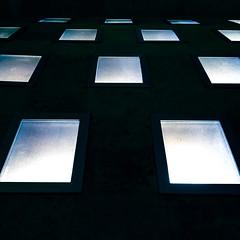 schieramento (zecaruso) Tags: napoli scale stairs finestre windows iphone6s zecaruso zeca ze ze² zequadro cicciocaruso