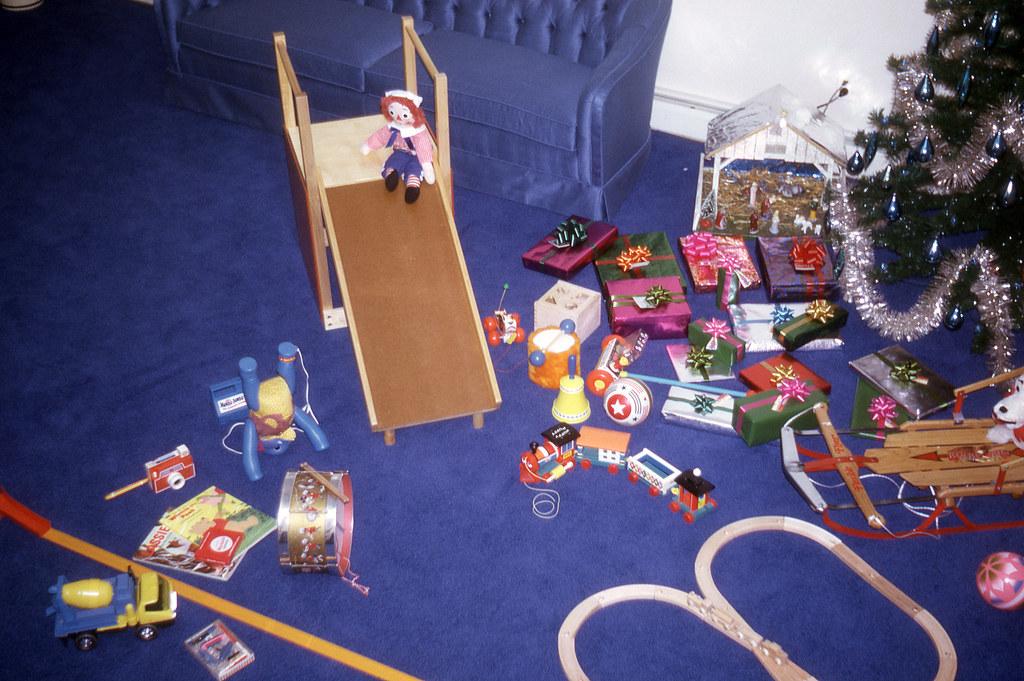 Christmas toys, 1969