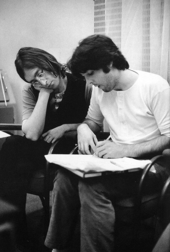 paul mccartney essay The chemistry of lennon and mccartney an essay by: ruth mccartney it's a drag paul mccartney, england, december 8, 1980 my beloved step-brother was never one to deal with soul wrenching grief in a practical manner.