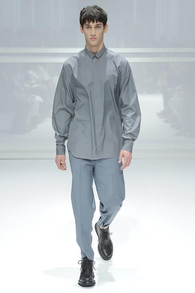 SS12 Paris Dior Homme031_Andrey Smidl(VOGUEcom)