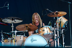 Foo Fighters / Taylor Hawkins (Sami Siilin) Tags: music rock canon drums photo concert helsinki photographer image live stage gig pic pop onstage drummer foofighters rockandroll taylorhawkins kalasatama canon7d wastinglight lastfm:event=1809431