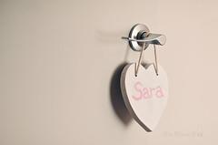 Princesa (Mar Merelo) Tags: puerta colgador marmerelo
