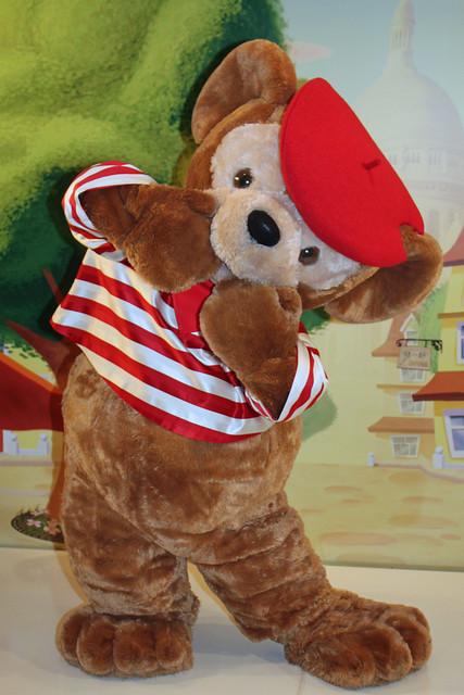 Meeting French Duffy the Disney Bear