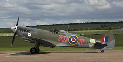 Spitfire 25 20120701 (Steve TB) Tags: iwm duxford flyinglegends 2012 canon eos5dmarkii