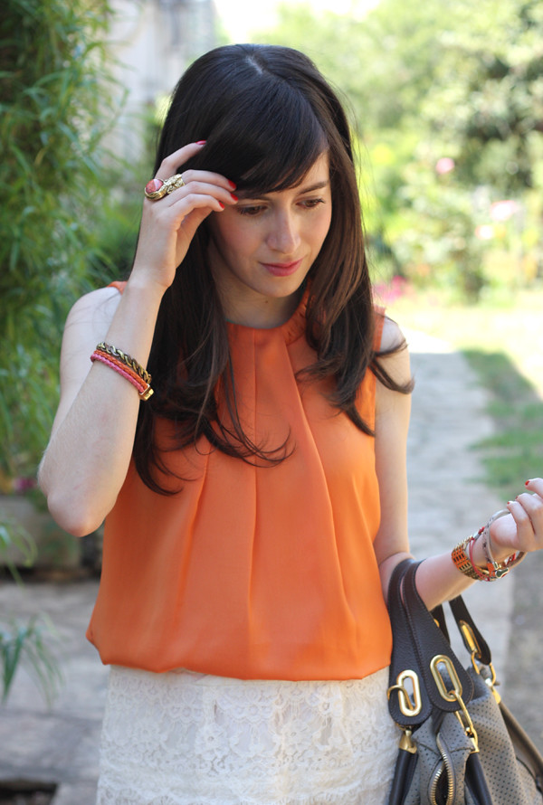 orange_top_lace_skirt5