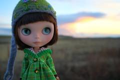 Molly viewing the Sunset (jessi.bryan) Tags: sunset doll blythe ebl customblythe fancypansy wingsinflight blythejacket watervilleplateau vainilladolly