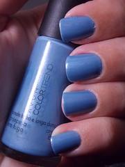 Princesa em Fuga - Avon (Natalia Breda) Tags: azul avon esmaltenacional