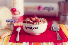 Desayunos Saludables (M.Pellitero) Tags: bokeh breakfast desayuno muesli muesli2mix producto
