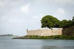 El Morro, Cleaned Up (ep_jhu) Tags: oldsanjuan garita viejosanjuan 7d puertorico pr muralla clean agua caribbean limpio elmorro morro wall island pared canon sanjuan bluesky osj tropical