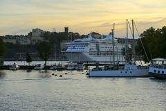 Stockholm i skymning (Anders Sellin) Tags: batic skrgrd sverige sweden vatten sea stockholm stersjn finlandsfrja bt kryssning skeppsholmen