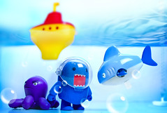 Bathtime (m4calliope) Tags: water toy nikon underwater domo windup domokun sb800 aquaplay d700 sb900 sb700