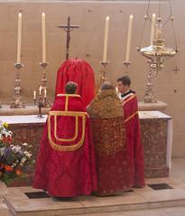 Transferring the Sanctissimum