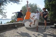 Salta com Dal a Portlligat (Museus Dal) Tags: jump salt gala figueres dal portlligat halsman fundaci