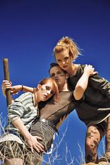 [フリー画像] 人物, 集団・グループ・群衆, ファッション, 201107081700