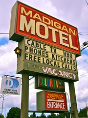 Madigan Motel sign 3 () Tags: usa color sign club america photography washington tv discount cool interesting highway state pacific northwest image good united picture free motel cable retro nostalgia international vision photograph 99 sound nostalgic americana local states roadside googie weekly vacancy hbo diners puget rates calls midcentury deals madigan