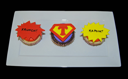 red purple and yellow super hero birthday cupcakes