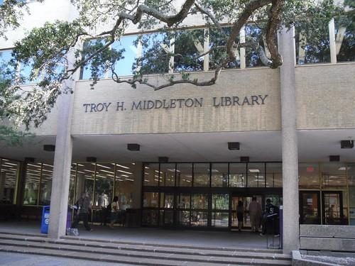 Louisiana State University - main library