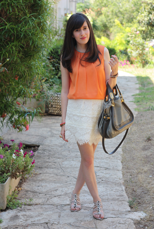 orange_top_lace_skirt3