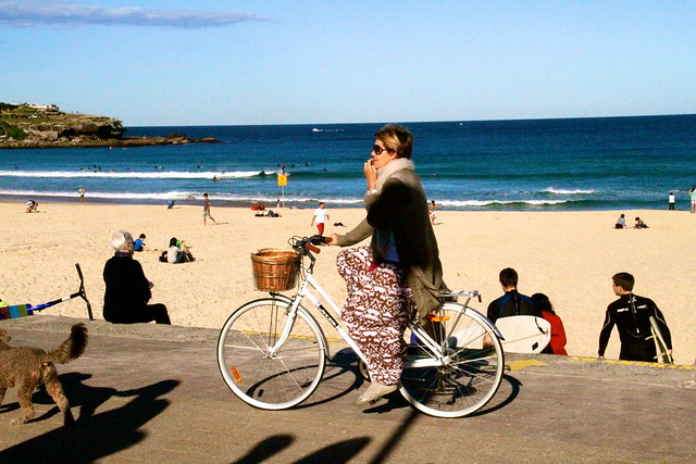 bondi girls on bikes 6692