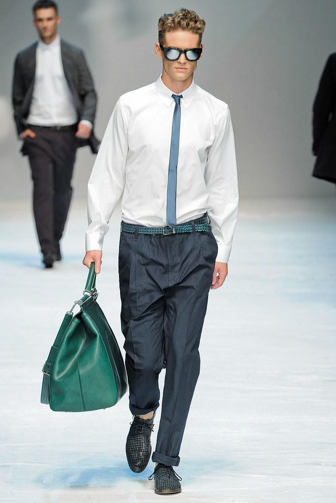 Alexander Johansson3320_SS12 Milan Dolce & Gabbana(VOGUEcom)