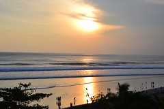 Bali sunset (Simon_sees) Tags: travel sunset vacation bali sun holiday playing beach water indonesia relax waves indianocean tropical sillhouette seminyak anantara