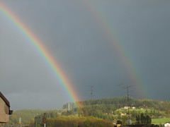 arco iris (eitb.eus) Tags: g1 19958 fenomenosatmosfericos laudiollodio eitbcom tiemponaturaleza kevindacosta