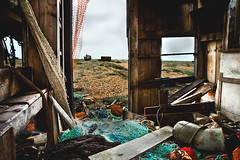 Fishing Hut - Dungeness Beach (AndyB2210) Tags: sea beach boats kent fishing coastal dungeness scape romney marshes