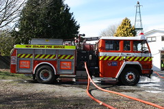 SR 8098 (ambodavenz) Tags: mitsubishi fp270j lowes fire appliance lincoln volunteer brigade canterbury new zealand