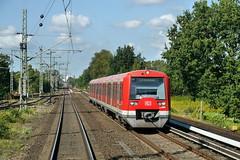 P2410896 (Lumixfan68) Tags: eisenbahn stadtverkehr sbahn deutsche bahn hamburg et 474 alstom lhb baureihe zweisystemzge db