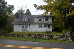 Briscoe House (rchrdcnnnghm) Tags: abandoned house delawarewatergap delawarepa pikecountypa oncewashome
