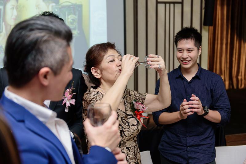 國賓婚攝,台北國賓,國賓飯店婚宴,新秘Miko ,婚攝小勇,台北婚攝, 愛瑞思新娘秘書造型團隊,西敏英國手工婚紗,小寶工作室-074