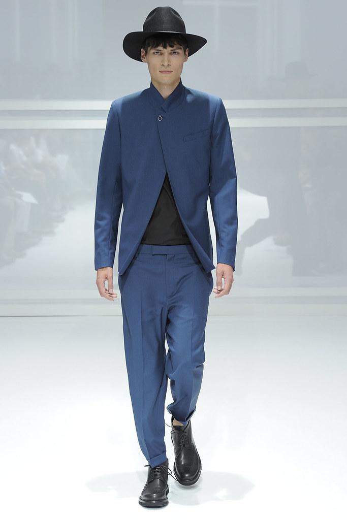 SS12 Paris Dior Homme033_Guntars Asmanis(VOGUEcom)