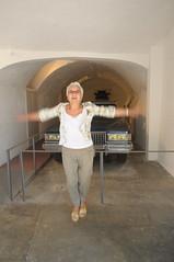 Llibre de salts (Jumb Book) (Museus Dal) Tags: espaa jump spain catalunya gala espagne figueres catalua dal catalogne halsman pbol teatremuseudal