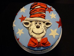 Dr Suess cake by Yvonne C of Birthday Cakes 4 Free Twin Cities, MN