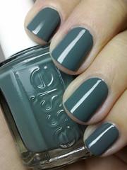 school of hard rocks, essie (nails@mands) Tags: verde green grey nagellack nails nailpolish cinza unhas essie lacquer vernis esmalte smalto naillacquer verniz schoolofhardrocks