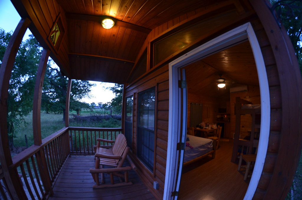 Starved Rock Camping Cabin (Michael Kappel) Tags: Camping Camp Illinois  Cabin Lodging Lodge